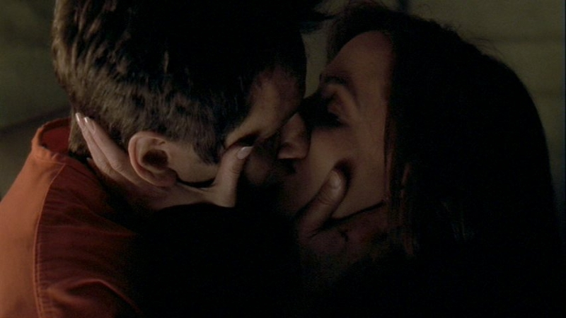 Поцелуи с джиллиан андерсон